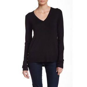 Black Long Sleeve V-Neck Pullover